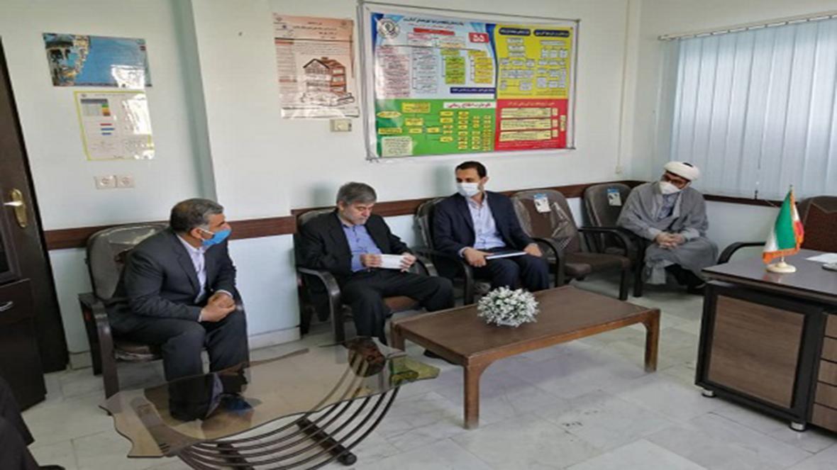 اهدای اقلام بهداشتی به بیمارستان حضرت ولی عصر (عج) کازرون