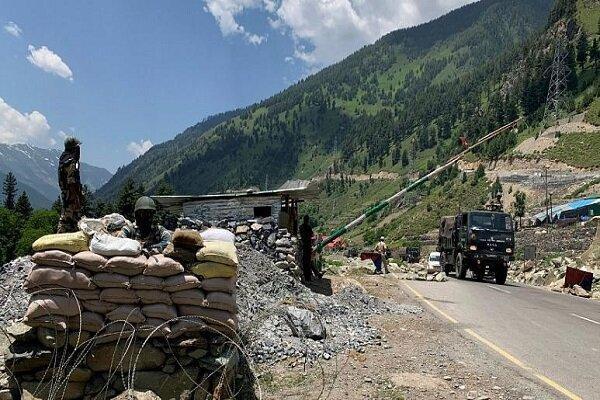 استقرار شمار قابل توجه نیروی هندی و چینی در مرز دو کشور