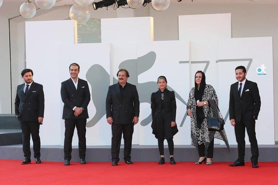 ویدئو ، فرش قرمز جشنواره ونیز برای کارگردان و بازیگران فیلم ایرانی خورشید