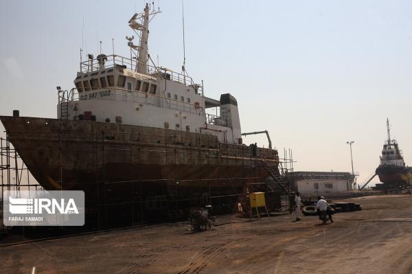خبرنگاران قرارداد 140 میلیارد تومانی ساخت 5 فروند شناور راهنمابر امضا شد