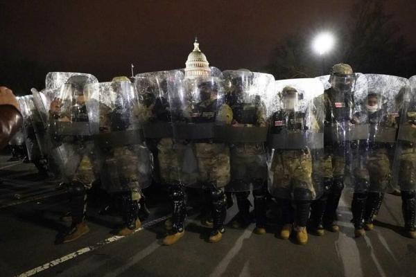 ارتش آمریکا از نیروهای افراطی پاکسازی می گردد