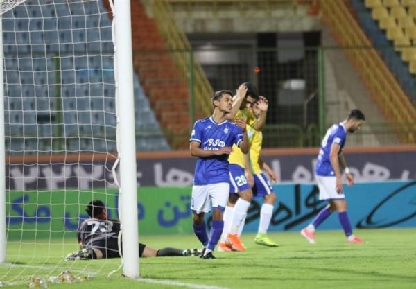 فریبا: بازیکنان استقلال نباید در لیگ برتر بی انگیزه باشند، برای رمضانی خوشحالم