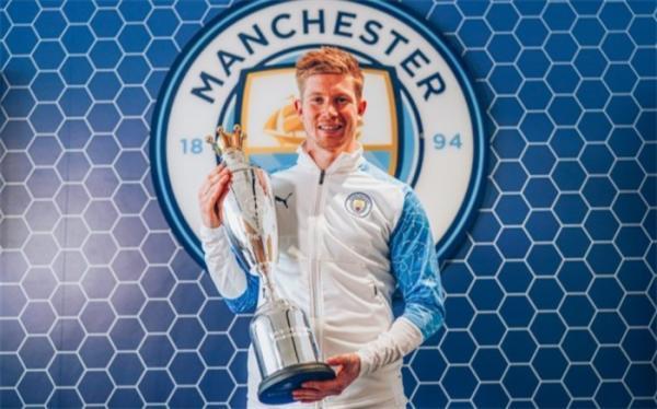 ستاره بلژیکی مرد سال فوتبال انگلیس شد